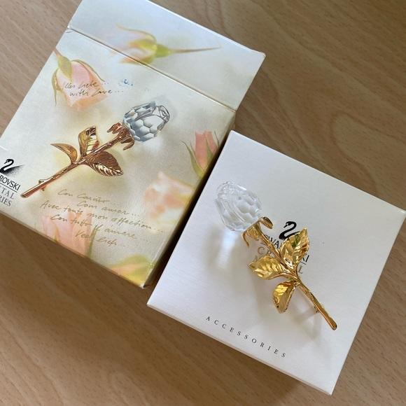 Swarovski Jewelry - Swarovski Crystal Rose Brooch